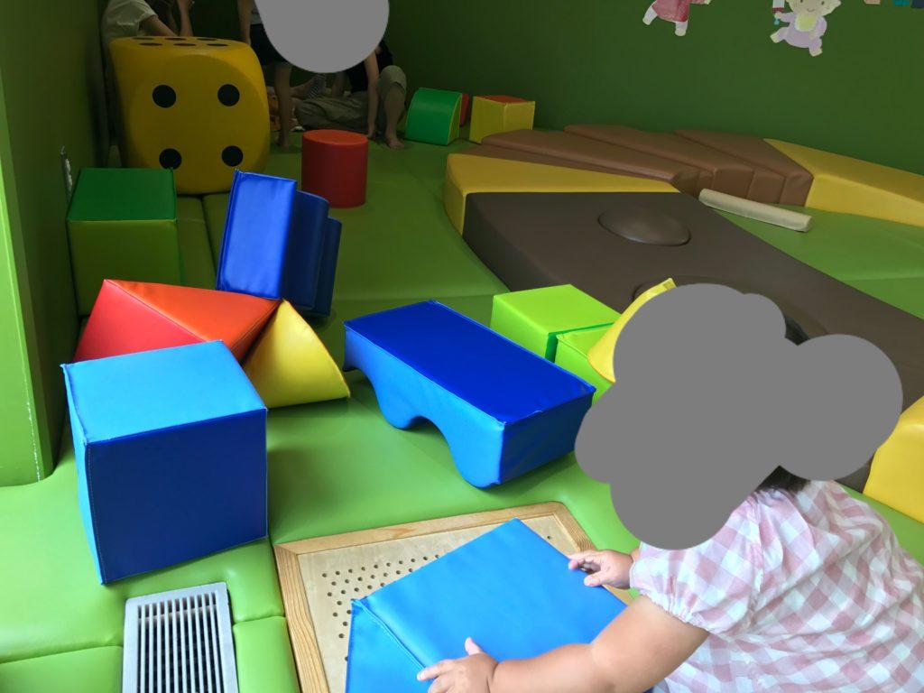 乳幼児向け遊具