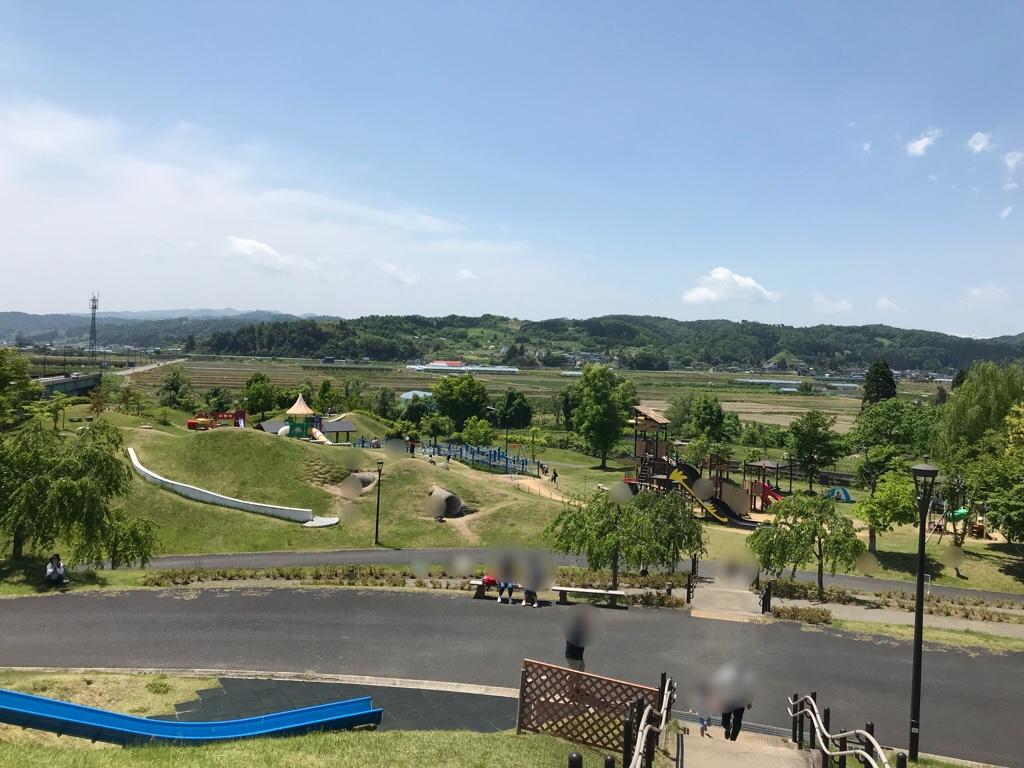 公園を俯瞰した眺め