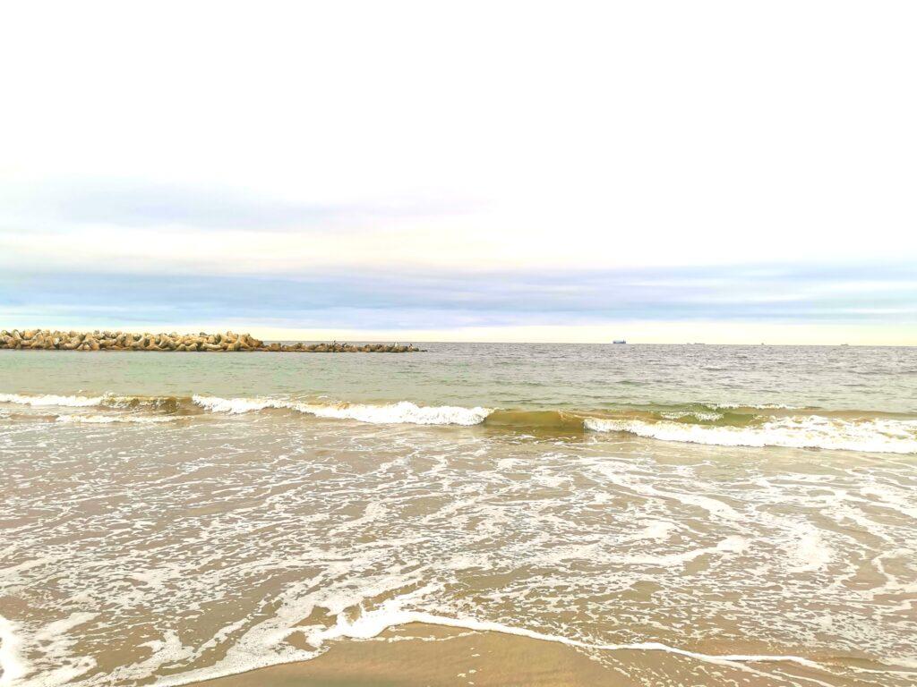 菖蒲田浜の海岸