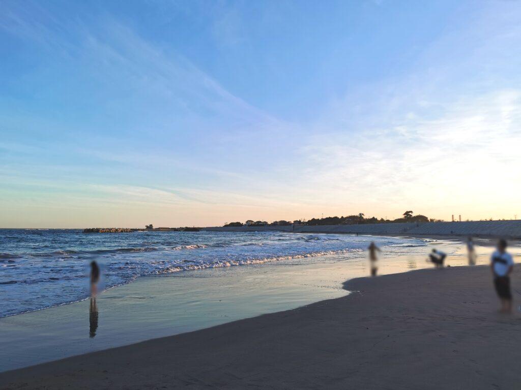 夕暮れの菖蒲田浜